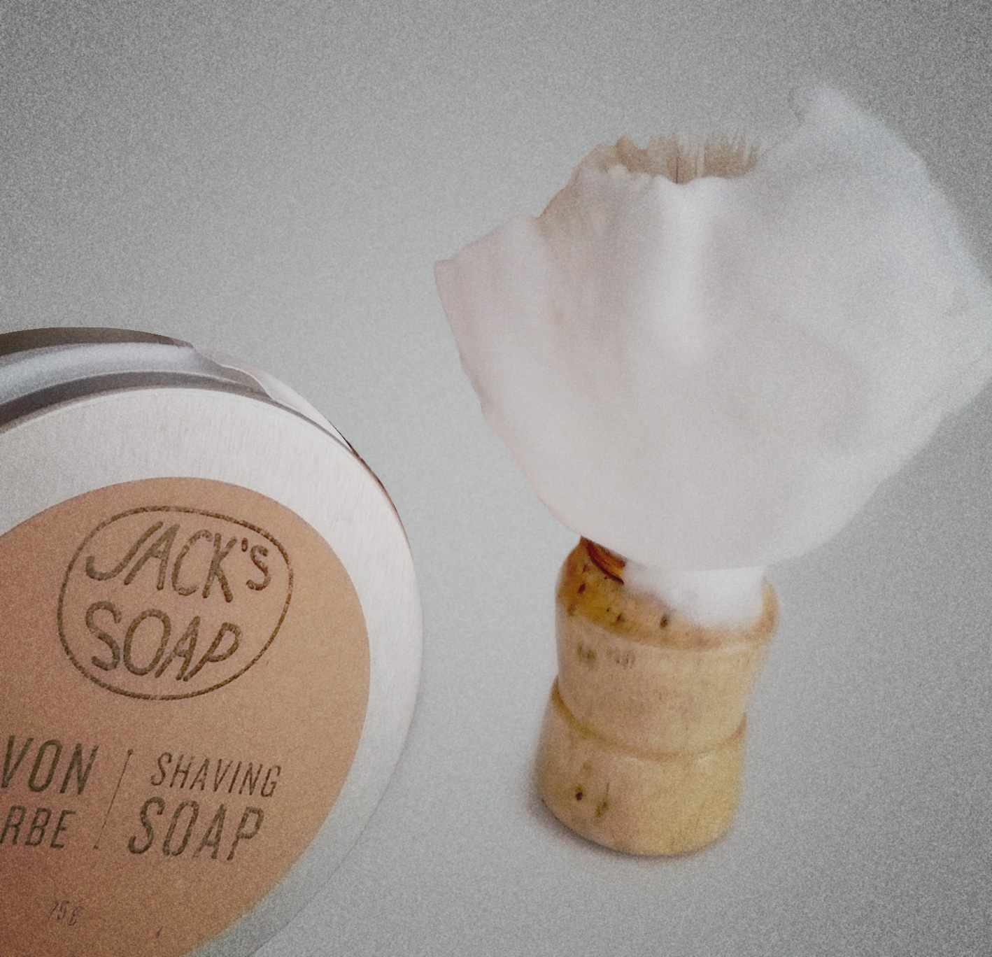 How to make the perfect shaving soap lather in 5 steps