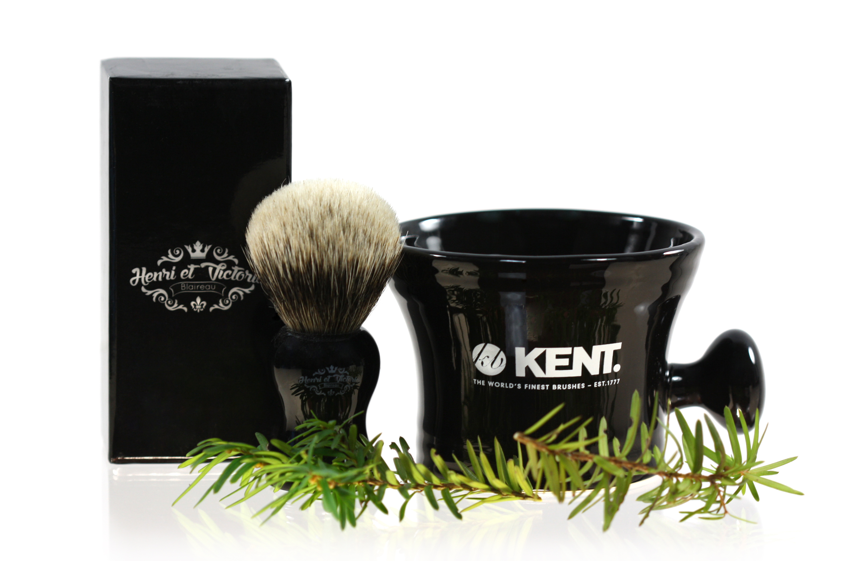 CANADIANS: Win an Henri et Victoria Shaving Brush and Kent Mug