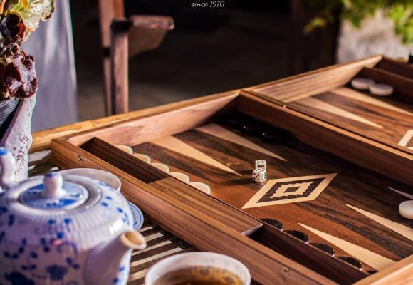 Brand Spotlight – Manopoulos Chess & Backgammon